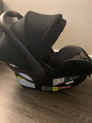 Graco infant car seat for sale . Base included for Sale in Brea, CA
