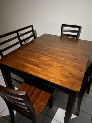 Dinner table 6 for Sale in Miami, FL