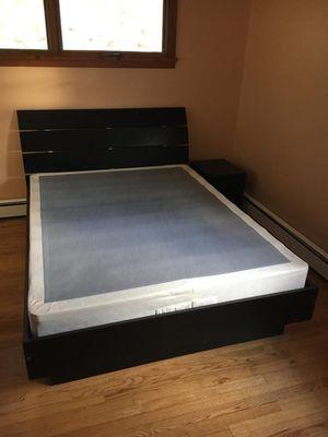 5 Piece Queen Bedroom Furniture Set for Sale in High Bridge, NJ