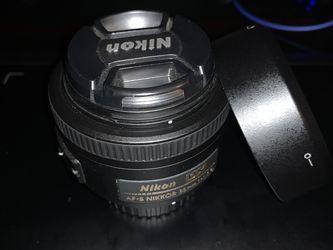 Nikon 35mm f/1.8G AF-S DX Prime Lens for Sale in Hampton,  VA