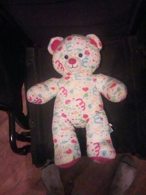 Build a bear - Teddy Bear with 5 outfits that still have the tag on them! for Sale in St. Louis, MO