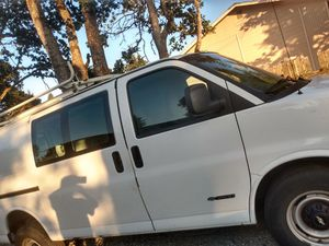 2002 Chevy Express Van 3500 for Sale in Tacoma, WA