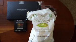 Free makeup brushes, color ring, organic cotton balls for Sale in San Francisco, CA