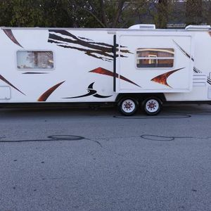2008 Forest River Survivor 28 ft with Electric Slide double doors for Sale in Fort Worth, TX