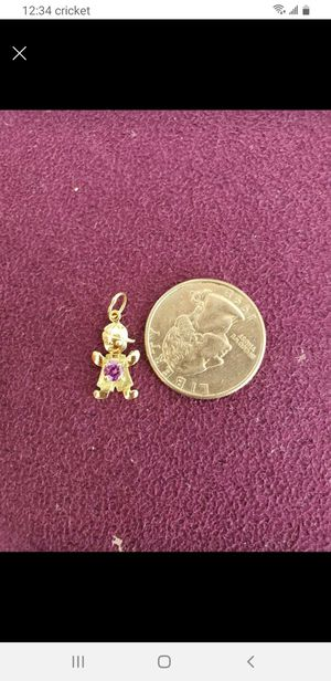 10k gold pendant with small crystal stone for Sale in Gaithersburg, MD