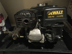 Dewaltb3400 psi pressure washer. for Sale in Palo Alto, CA