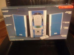 New inn box am/FM CD shelf sysyem for Sale in Nashville, TN