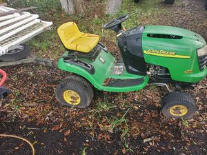 John deere tractor L100 for Sale in Melbourne, FL