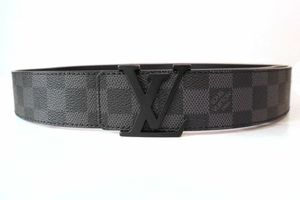 Brand new Louis Vuitton belt no trade no box for Sale in Las Vegas, NV