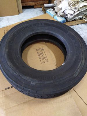 Continental Tractor trailer tire for Sale in Anaheim, CA