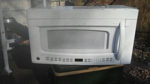 Built-in hanging microwave G E for Sale in Hilliard, OH