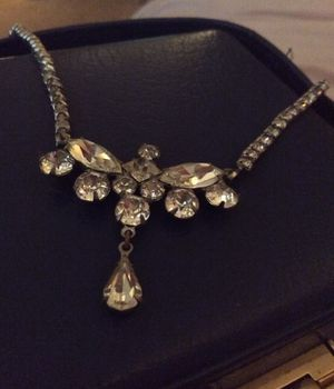 8 pieces of jewelry, pretty, dress up for Sale in West Linn, OR