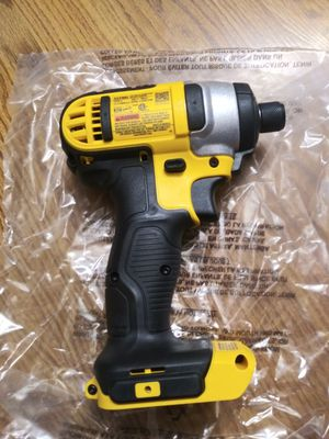 20 v impacto dewalt for Sale in Oak Forest, IL