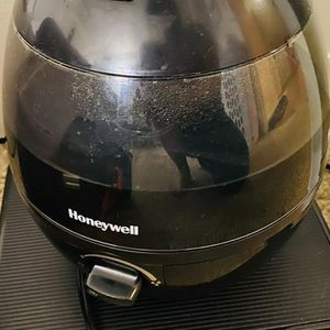 Honeywell Humidifier for Sale in Westborough, MA