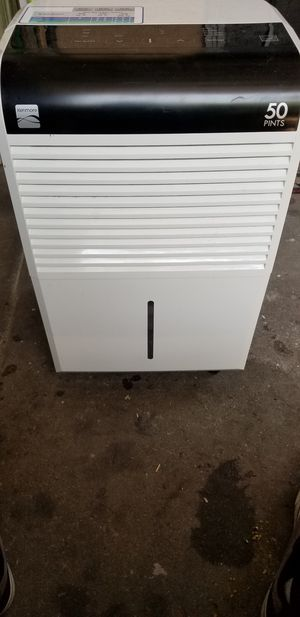 Kenmore 50 pint dehumidifier for Sale in Los Angeles, CA