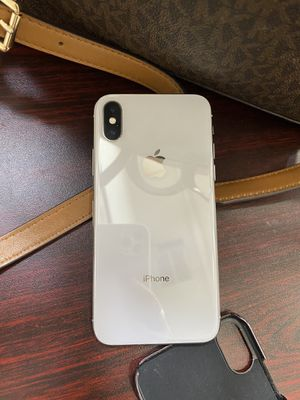 iPhone X 64gb silver for Sale in Bakersfield, CA