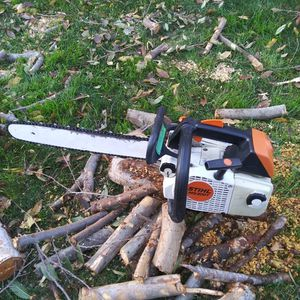 STIHL MS 200 T for Sale in Salinas, CA