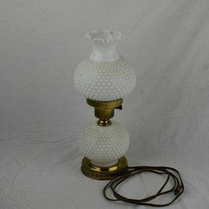 Vintage antique table lamp for Sale in Lake Elsinore, CA