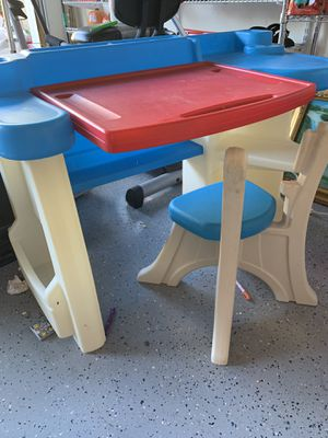 Kids study desk with chair for Sale in San Jose, CA