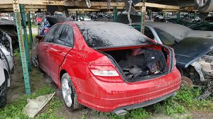 2010 MERCEDES BENZ C300 PARTS FOR SALE for Sale in Miami Gardens, FL