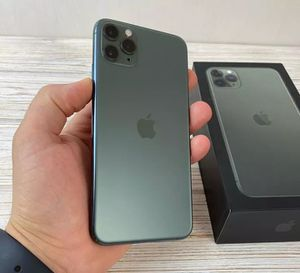 Unlocked iPhone 11Pro Max for Sale in Baxley, GA