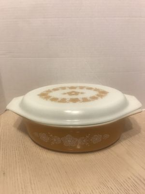 Pyrex #12 golden butterfly casserole dish for Sale in Sterling Heights, MI