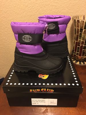 Girls new snow boots size 11c for Sale in Las Vegas, NV