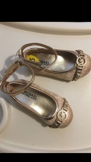 Michael Korris toddler girl shoe/ size 5 for Sale in Federal Way, WA