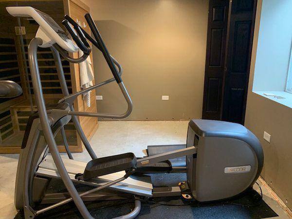 Precor 5.35 Elliptical Fitness Crosstrainer