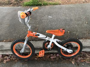 """14"""" kids bike with training wheels for Sale in Foster City, CA"""