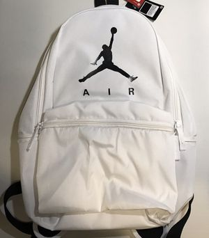 "NIKE AIR JORDAN AIR JUMPMAN LOGO 18"" Backpack for Sale in Los Angeles, CA"
