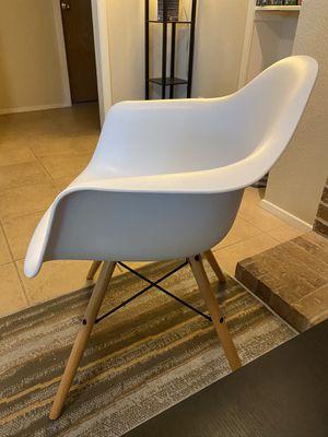 White chair for Sale in Austin, TX