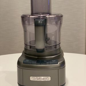 Cuisinart Elemental 8-Cup Food Processor for Sale in Seattle, WA