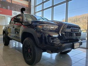 Toyota Tacoma TRD PRO for Sale in Watertown, CT