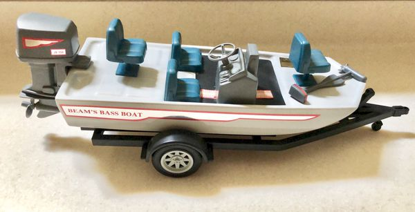 BEAM'S BASS BOAT WITH TRAILER JIM BEAM 1987