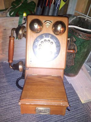 Antique phone for Sale in Chattanooga, TN