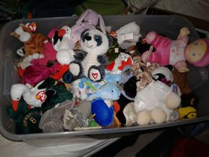HUGE plush toy collection for Sale in OR, US