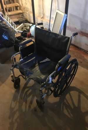 Extra-large wheelchair heavy duty light use for Sale in Philadelphia, PA