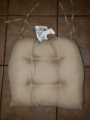 6 Chair cushions for Sale in Kingsburg, CA
