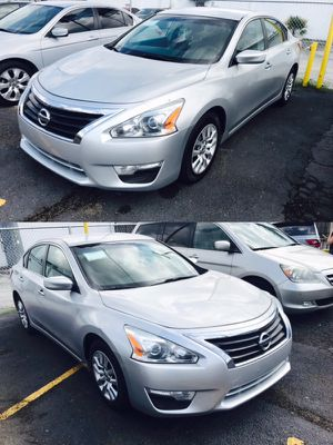 2013 Nissan Altima LOW DOWN 1,000$ for Sale in Houston, TX