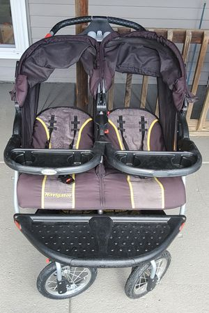 Baby trend navigator side by side double stroller for Sale in Tonawanda, NY