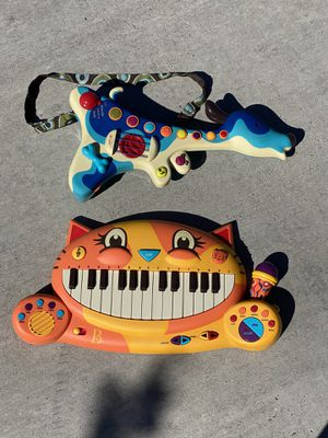 Kids musical keyboard & guitar for Sale in Albuquerque, NM