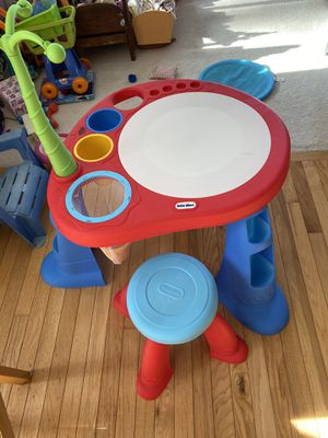Kids table for Sale in Fort Washington, MD