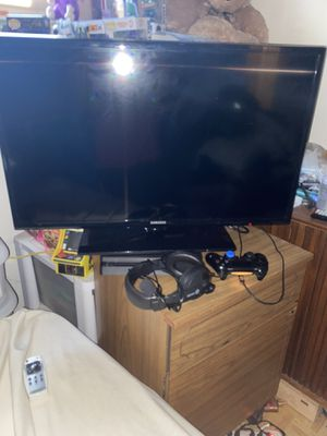 Whole gaming set up for Sale in Baldwin, NY