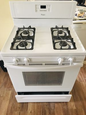 Whirlpool Gas range and microwave - can be sold Individually or as set for Sale in Mount Laurel, NJ