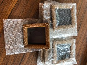 10 magnetic wallet size picture frames for Sale in Redmond, WA