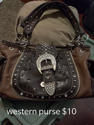 Dishes, purses, picture for Sale in Reedley, CA