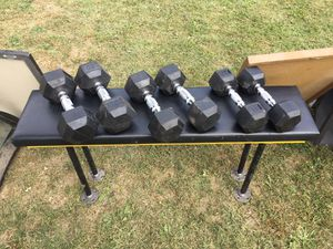 Dumbbell set with custom bench for Sale in Cuyahoga Heights, OH