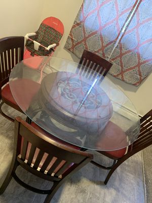 Dining table for Sale in Croydon, PA