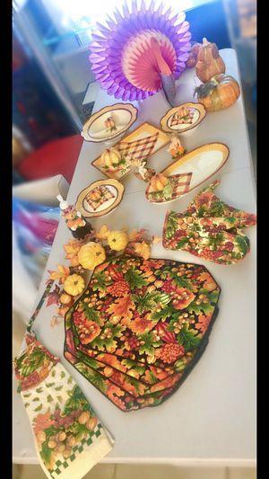 Thanksgiving Decoration/Decoraciónes para Día de Acción de Gracia for Sale in Miramar, FL